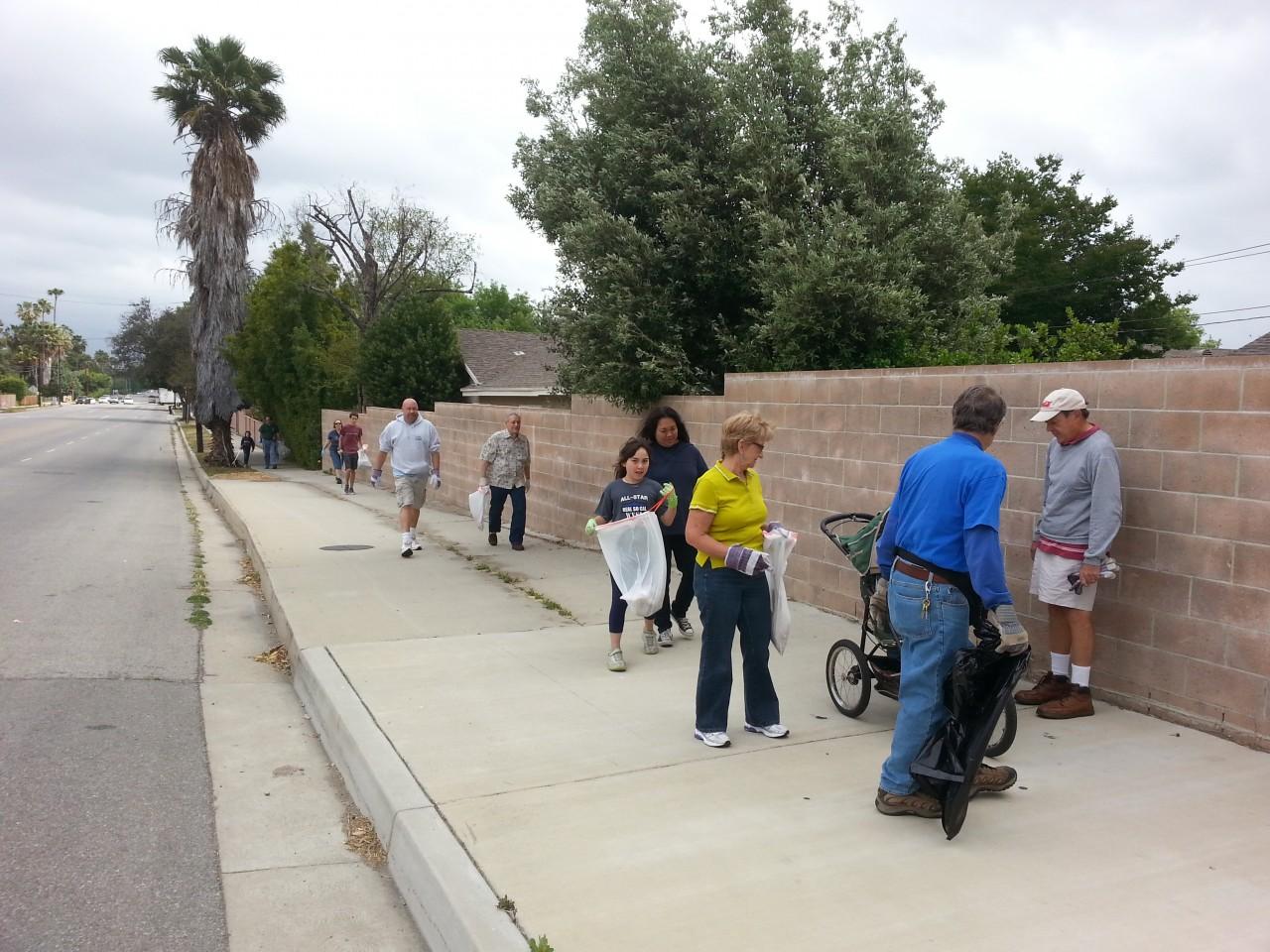 Neighborhood Clean Up Day